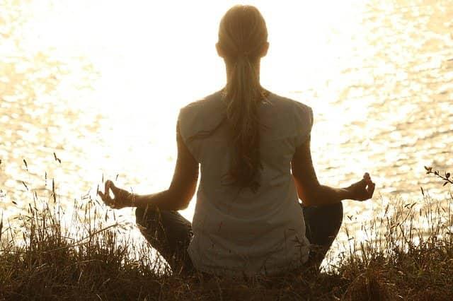 meditace online v přírodě