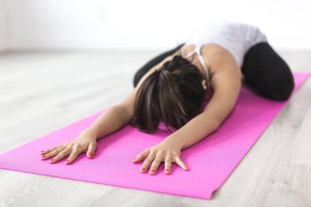 Protažení před meditací