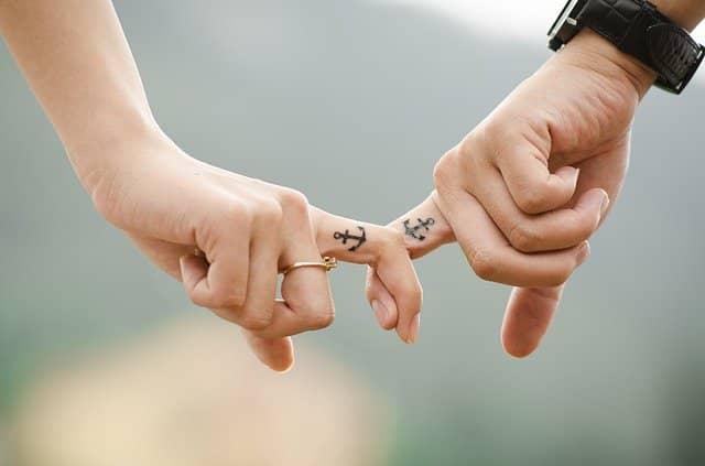Karmický vztah vyjadřuje citové pouto k druhému člověku