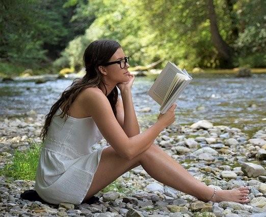 Zdravé sebevědomí zvýšíte čtením motivačních knih