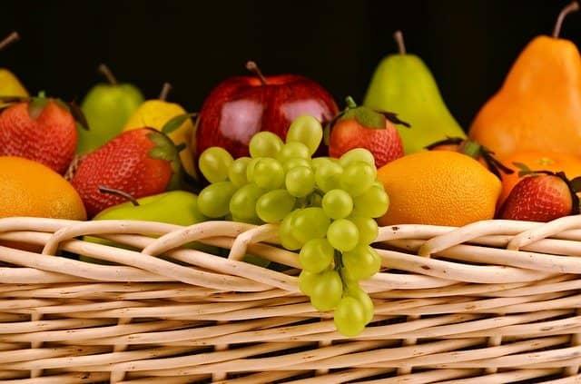 Fruktóza, přírodní sladidlo, je v ovoci.